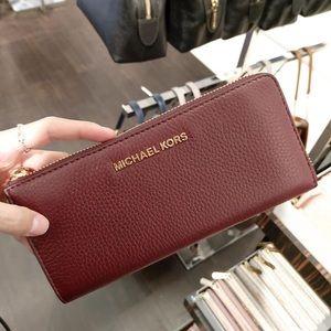 Michael Kors brand new L wallet